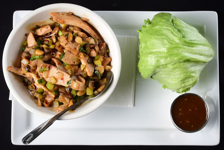 Garlic Chicken Lettuce Wraps